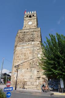 Saat Kulesi o Torre del reloj