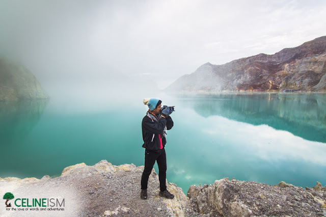 largest acidic lake in the world