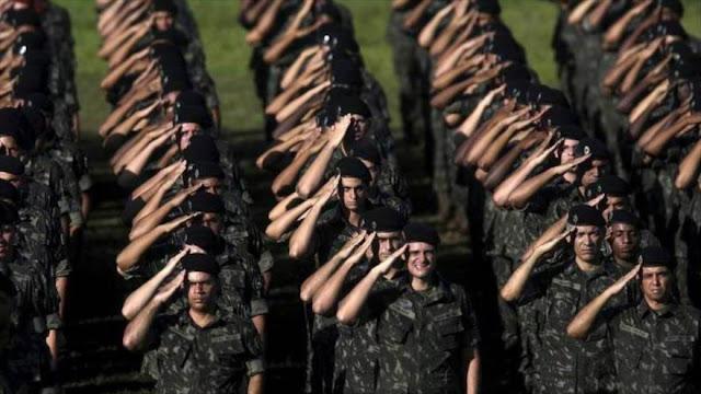 General brasileño ve legal golpe militar contra Gobierno de Temer