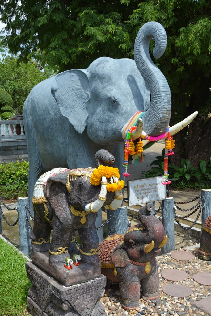 Wat Chalong Temple Phuket elephant