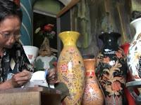 Hebat, guci batik karya warga Kebumen ini diminati kolektor asal Jepang