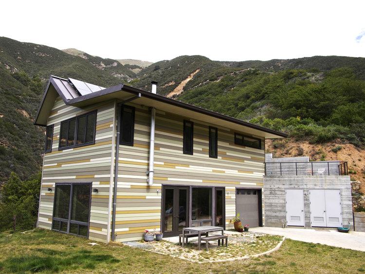 Off-Grid Green Prefab Home, California: Modern Prefab ...