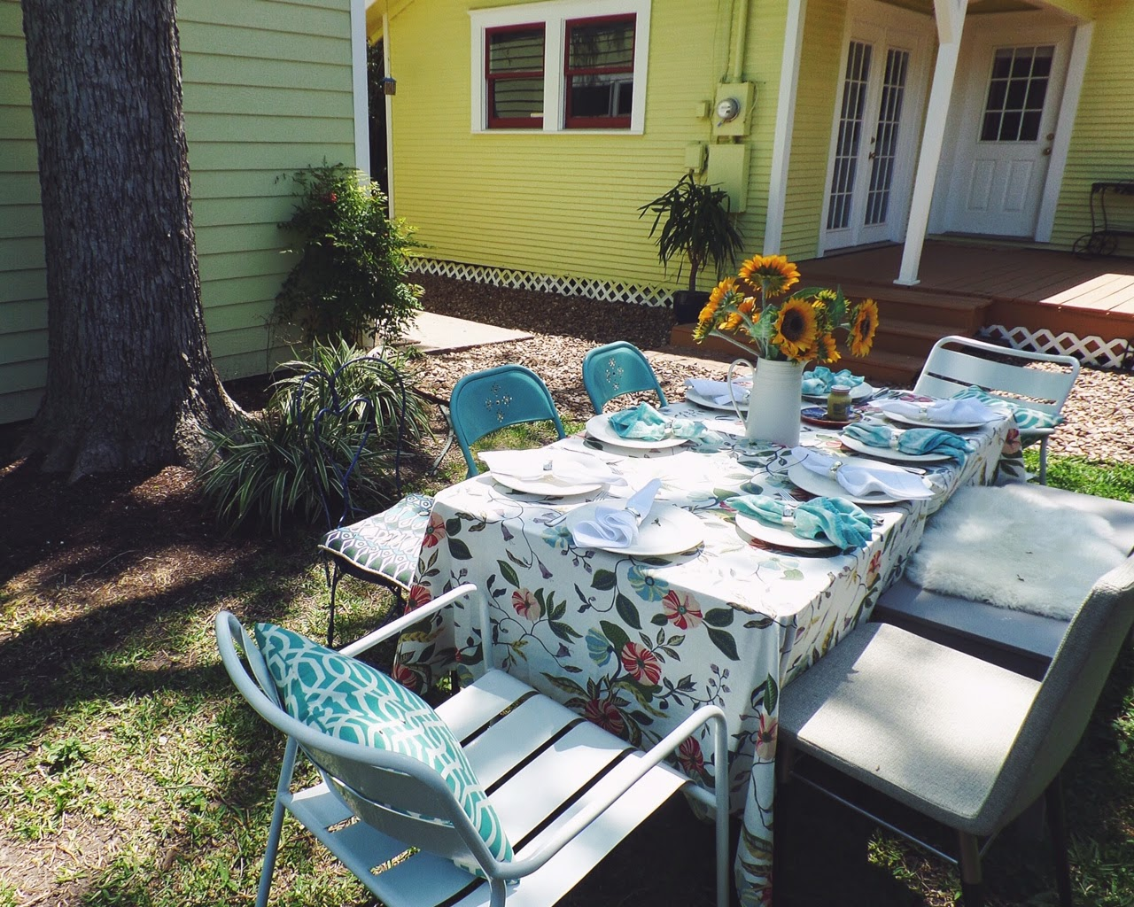 sunflowers brunch, target vine tablecloth, kate spade plates, easter brunch