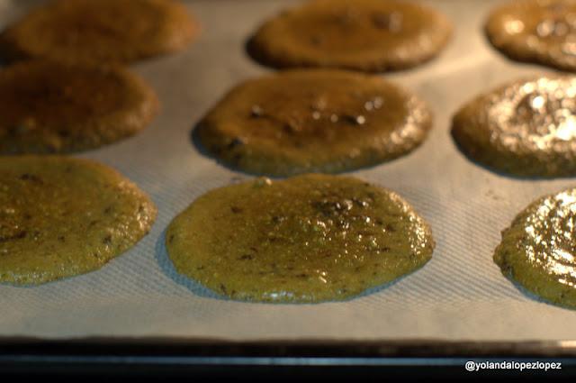 Horneando las American Cookies con chocolate