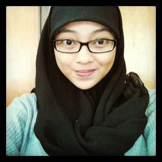Nonton Bokep Indo Sepongan Cewek Jilbab