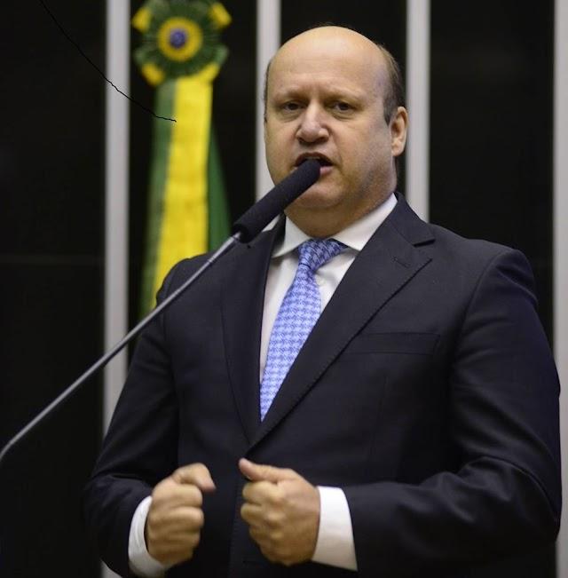 """Célio Silveira  aparece entre os 20 melhores no """"ranking dos políticos"""""""