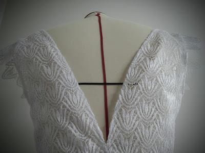 robes de mariée en dentelle par couturière modéliste à Versailles 78