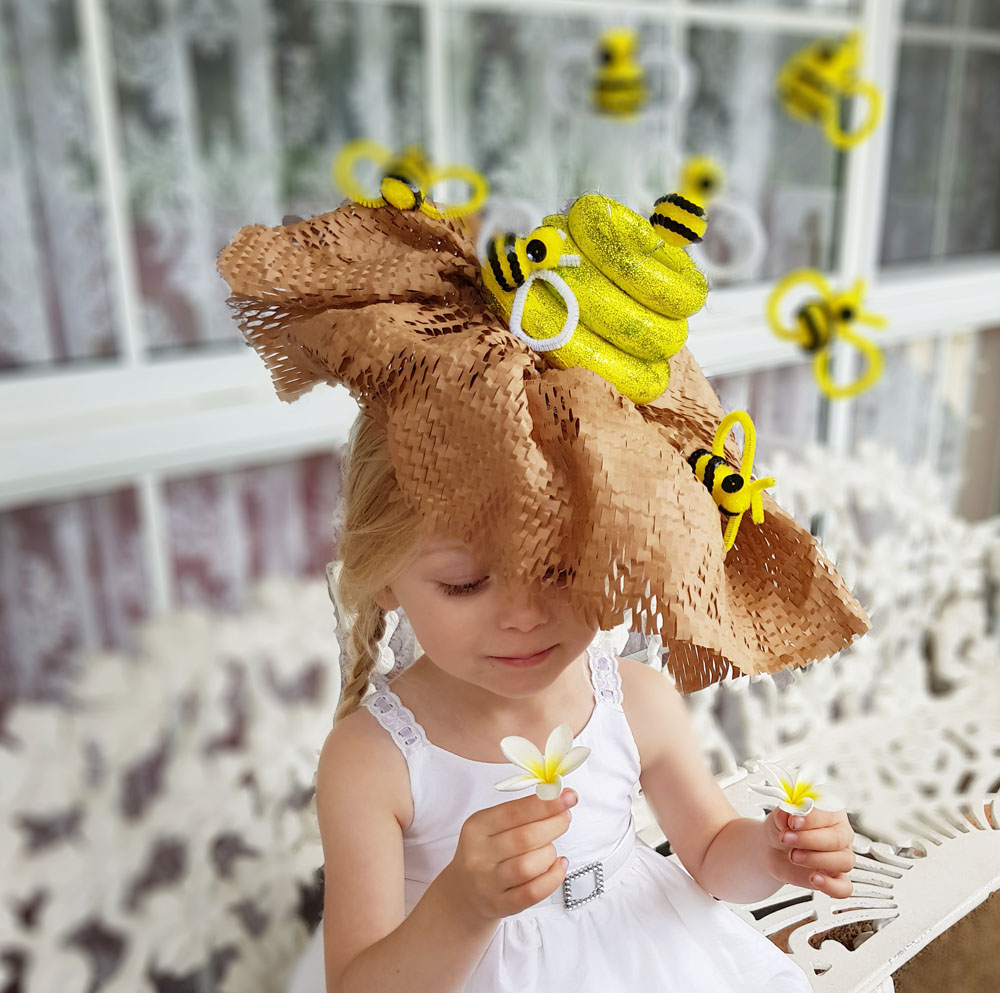 How to make a Bumble Bee Easter Parade Hat | Now thats Peachy