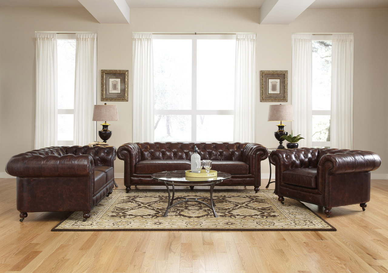 Di Ruang Tamu Kediaman Anda 1 Kombinasi Sofa Kerusi
