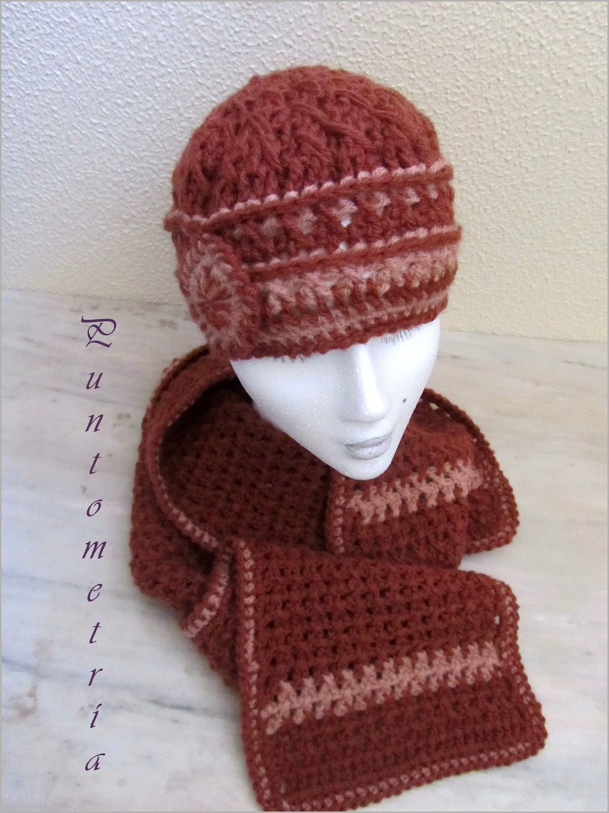 Puntometra noviembre 2013 #1: Gorro bufanda crochet otoño