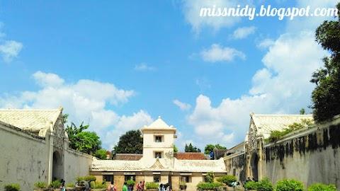 Susahnya Foto-foto di Taman Sari Yogyakarta