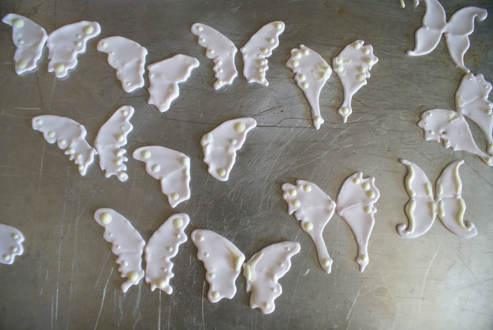 Royal icing butterflies template.