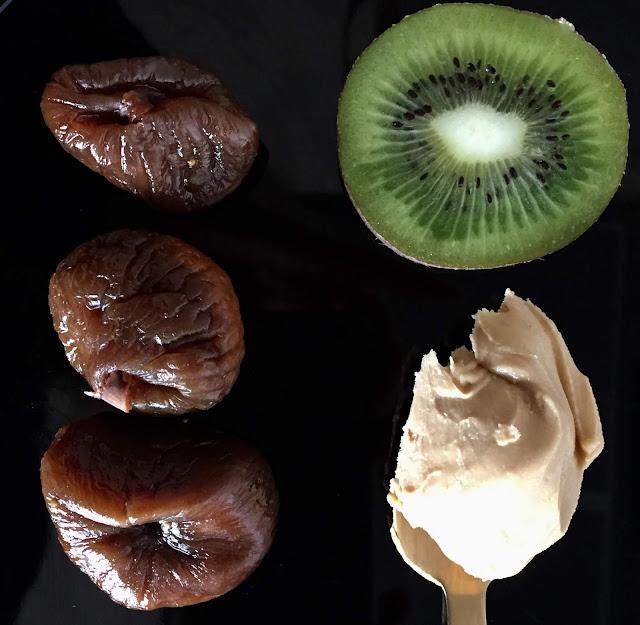 Süße fruchtig-nussige Reispapierpäckchen, Rezept glutenfrei & vegan, ein gesunder Snack zum Naschen, Minimalismus: Zubereitung einfach + schnell, ohne Weizen
