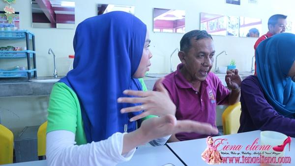 KELAB RAKAN MALAYSIA, ROOPAWAN & PANTAI TIMUR FC  BANTU GELANDANGAN KUALA LUMPUR
