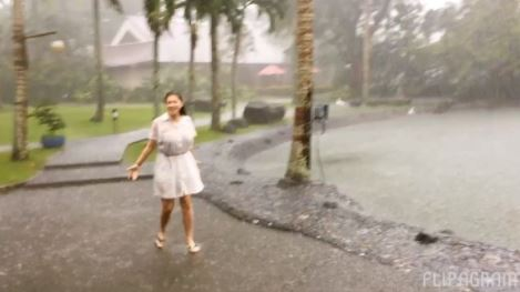 MUST WATCH: While It's Raining So Hard, Angel Locsin Did This And It Was So Adorable!