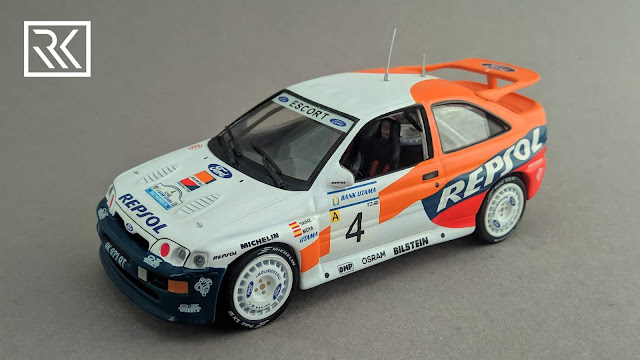 Zdjęcie modelu IXO dla Carlos Sainz Collection, Ford Escort RS Cosworth, Rajd Indonezji 1996: Carlos Sainz / Luis Moya