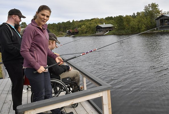 Crown Princess Victoria's 14th hiking is taking place in Billudden Nature Reserve located in the north of Uppland