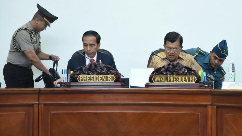 Jokowi-JK dapat rapat kabinet