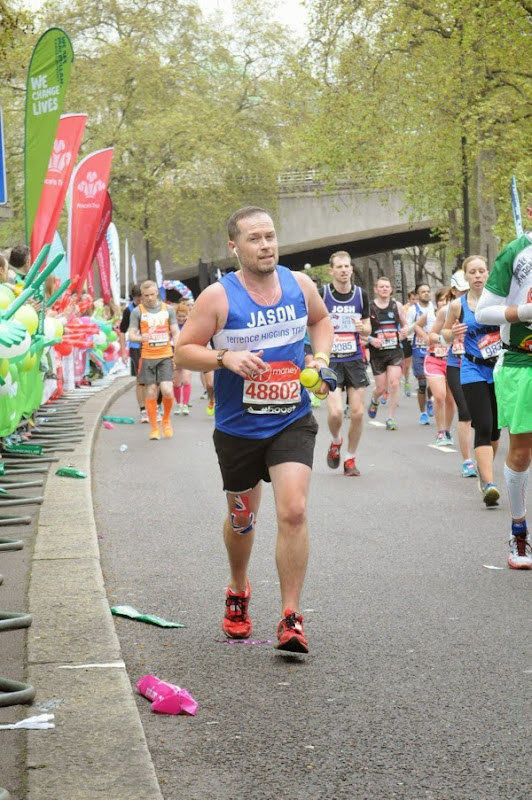 Running Embankment London Marathon 2015