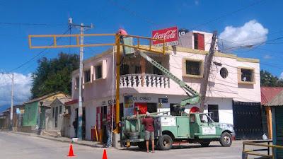 Ayuntamiento informa próxima semana volverá a funcionar semáforo de la calle 16 de Agosto con Mariano