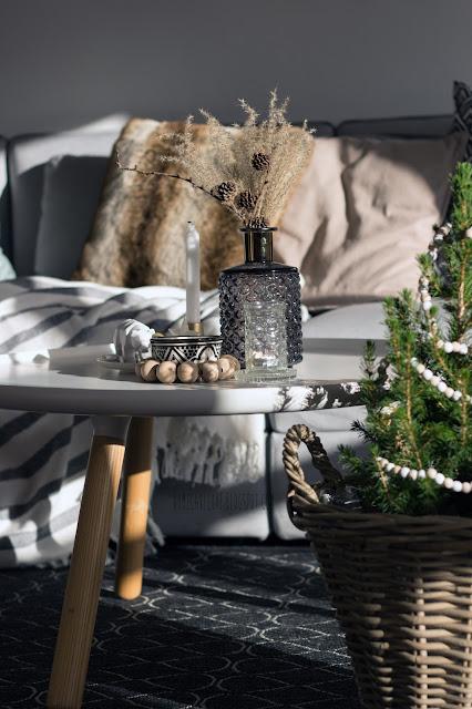 lettering tafel,weihnachtsdekoration, weihnachten 2017, dekorieren zu weihnachten, Wohnzimmer, livingroom, christmastree, scandinavian interior