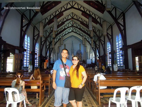 Puerto Princesa Travel Guide: the interiors of the Immaculate Conception Cathedral