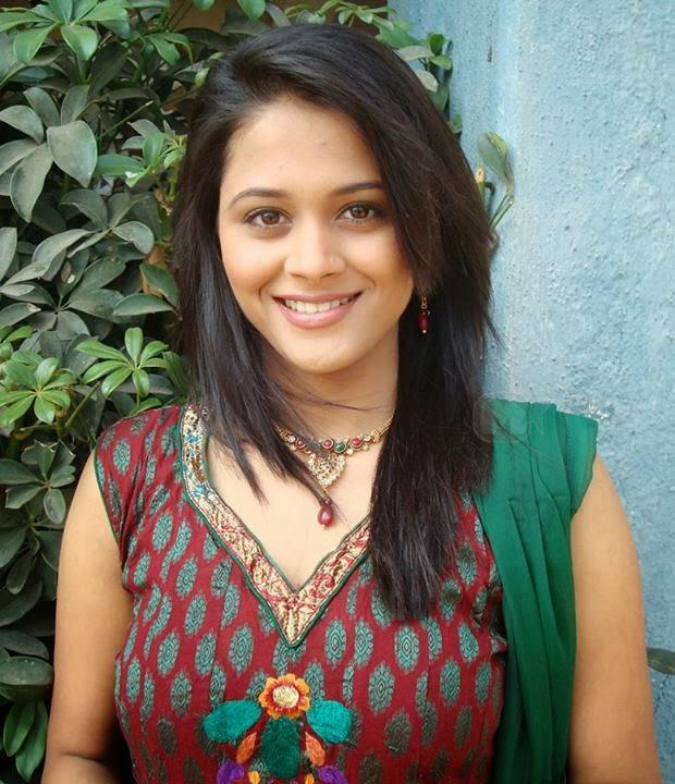 Gorgeous Deepti Shrikant Photos  Cute Marathi Actresses -4605