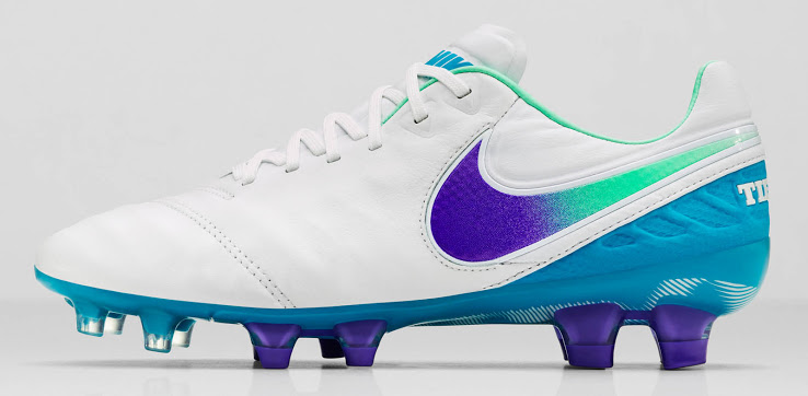 Nike lanza botines de fútbol sólo para mujeres - ON24  863cdcf5a4189