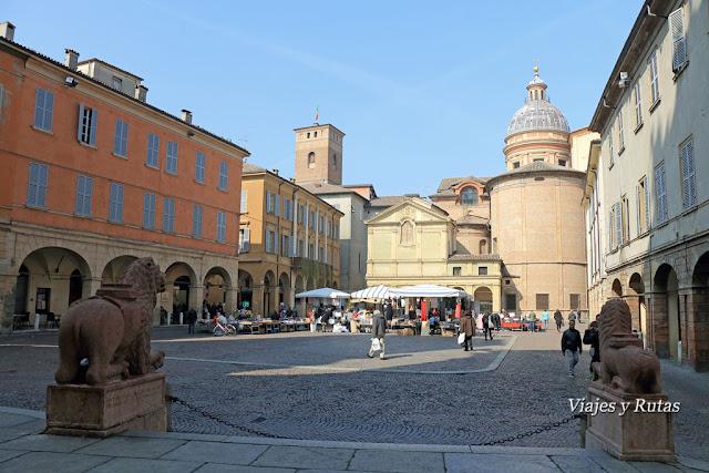Plaza del san Próspero, Reggio Emilia