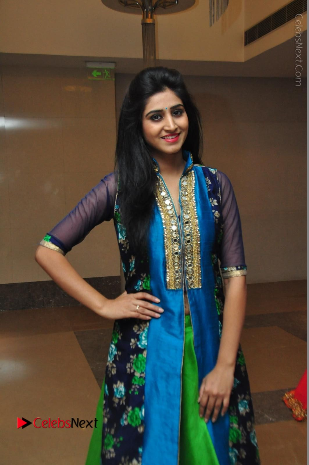 Shamili Sounderajan Photos in Desginer Long Dress at Khwaaish Designer Exhibition Curtain Raiser