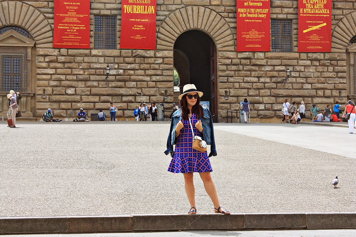 sloanie travels to florence italy museum