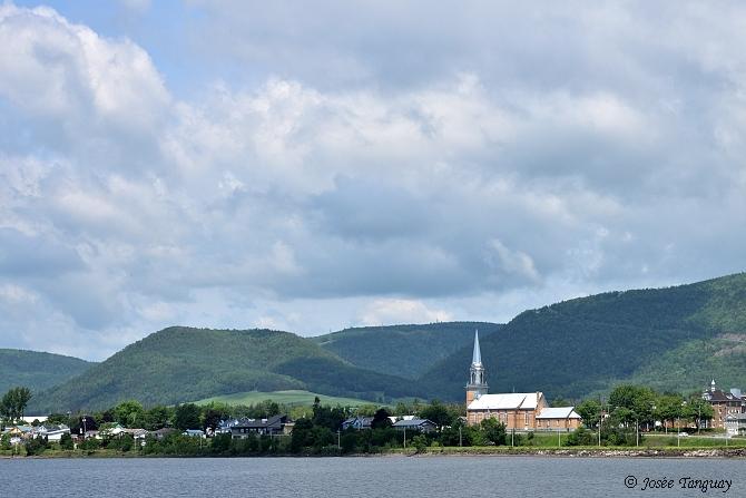 mer-église-montagne