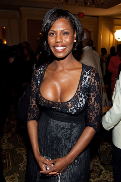 Omarosa-exposes-boobs-on-Celebrity-Big-Brother-1