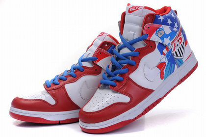 premium selection ed0f2 7316a Nike SB Dunk Cartoon Shoes : High Tops Captain America ...