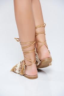 sandale-ce-iti-vor-face-vara-mai-frumoasa5