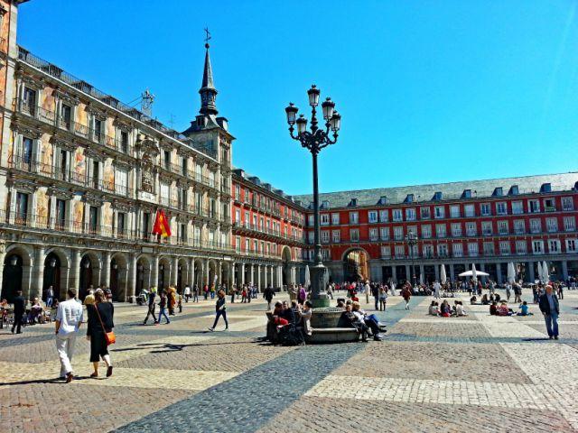 plaza-major-madrid-poracci-in-viaggio