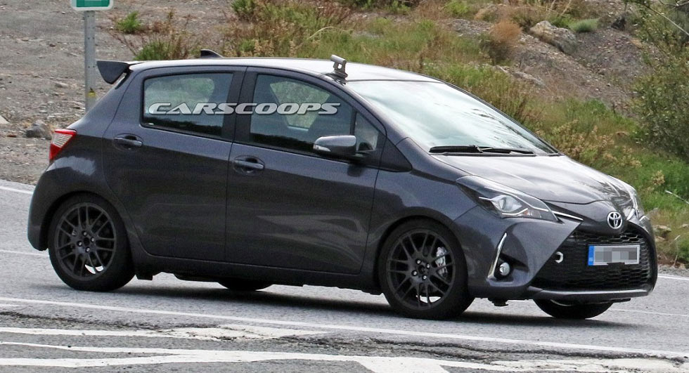 2018 toyota yaris se. wonderful 2018 toyota introduced the yaris grmn at geneva motor show in march and it  now appears company is working on a fivedoor variant with 2018 toyota yaris se i