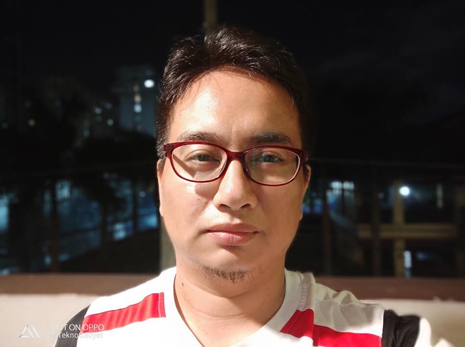 OPPO R17 Pro Front Camera Sample - Low Light Portrait Selfie