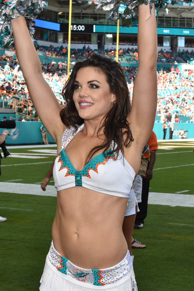 famous-mexican-cheerleaders-naked-sex-online-women