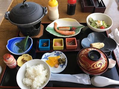 森秋旅館の朝食