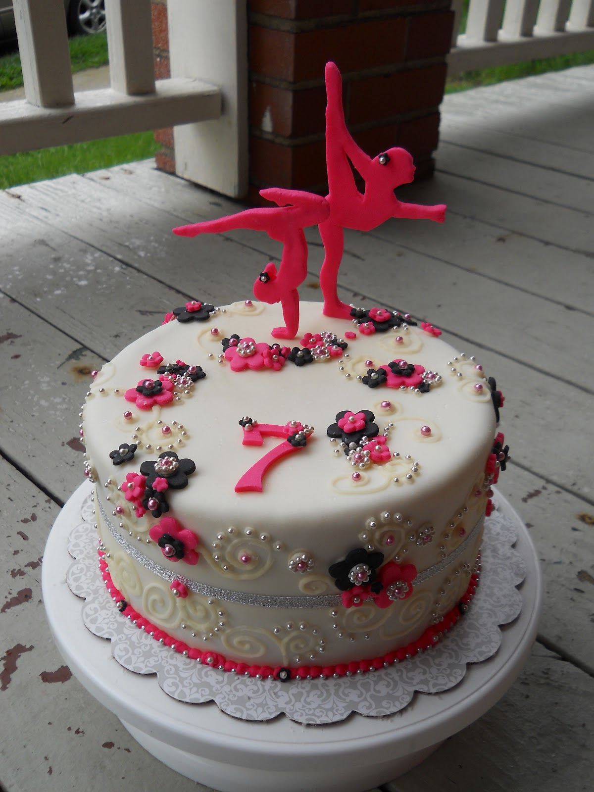 Crazy Creative Shelby Birthday Cakes
