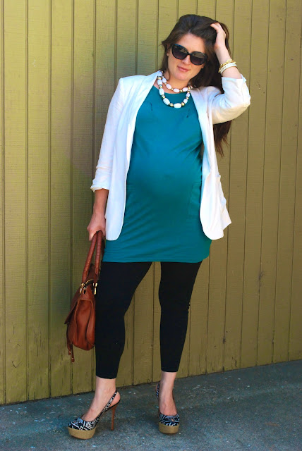 November Grey: Off to the doc! Maternity look 38 weeks!