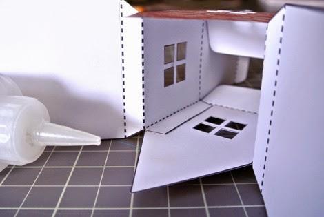 Farolillo en forma de casa