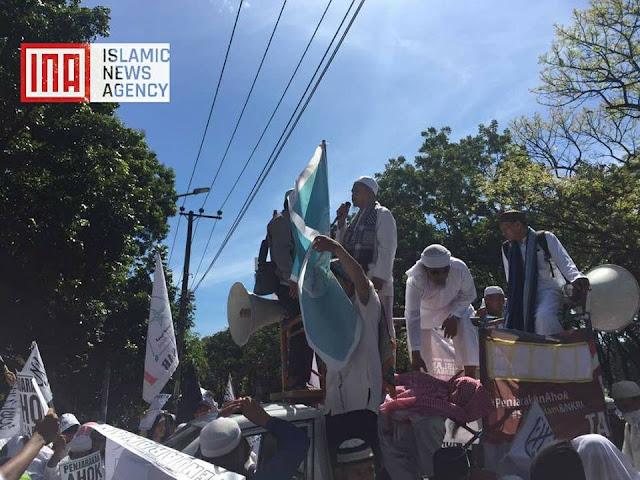 Tuntut Ahok Dihukum 5 Tahun, Umat Islam Makassar Gelar Aksi Simpatik 55