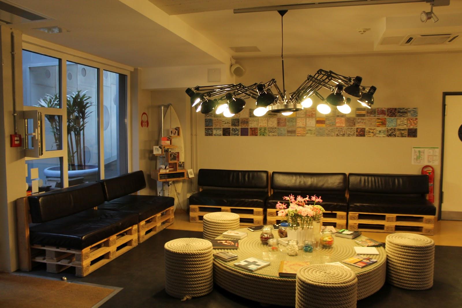 dingsbumms 1 hamburg. Black Bedroom Furniture Sets. Home Design Ideas