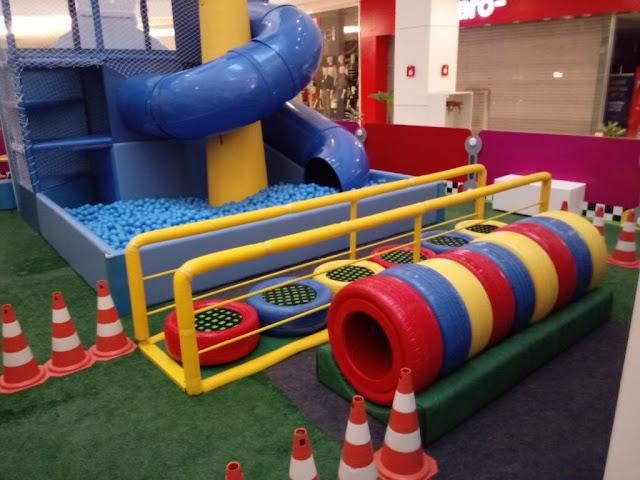 """bd0c7413a4 O espaço """"Mickey Aventuras sobre Rodas"""" será montado na praça de eventos do Shopping  Contagem (1º piso) e funcionará de segunda à sábado"""