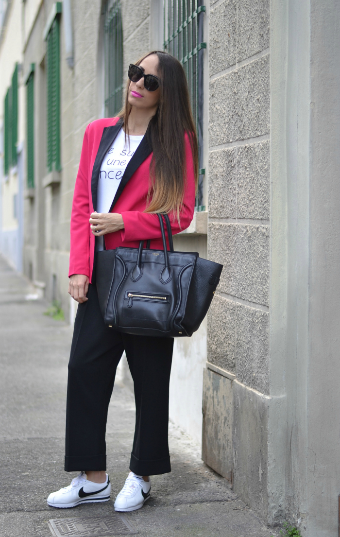 look pantaloni cropped