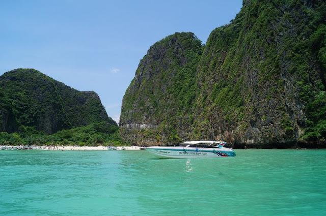Maya beach de lejos