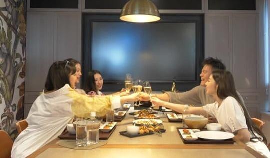 Wonder Girls JYP Entertainment Building