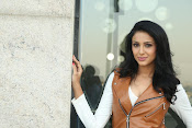 priyashri new sizzling stylish photos-thumbnail-6